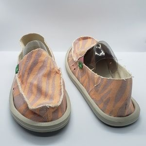 Sanuk Comfort Striped Flats shoes sz US 9 EUR 40